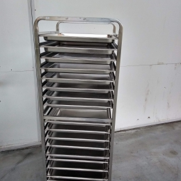 Mobile s/s rack with plates