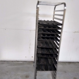 3 s/s racks with baguette plates
