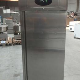Mobile refrigerator
