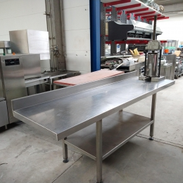 s/s table with filler