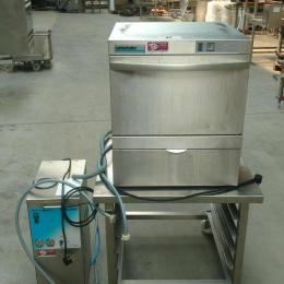 Dishwasher Winterhalter with osmosis unit
