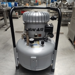 Jun-Air silent lubricated air compressor