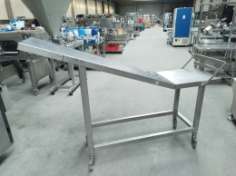 Mobile sliding table