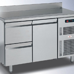 Ilsa refrigerated tables